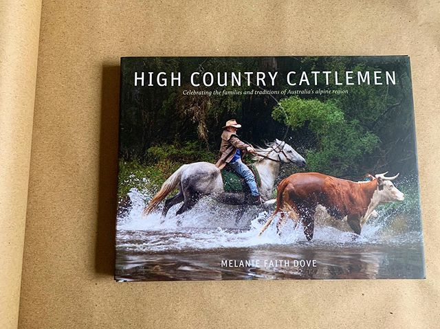 This book captures the essence of the Aussie Bush so well.  #wrappedandreadytosend @littlebluebirdbooksandgifts - - #books #australia #sydney #availablenow #highcountrycattlemen #melaniefaithdove #loveit #jumponline #australiawideshipping