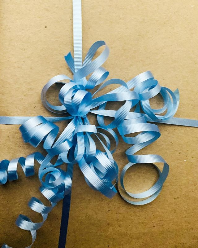 We have gone through so much blue ribbon this week! #fathersday  But this one is for a special little man on his 7th birthday!  #happybirthday we hope you love it, buddy! @littlebluebirdbooksandgifts  #present #ribbon #kraftpaper #birthdays #australia #sydney #hawkesbury #mibahawkesbury #miba