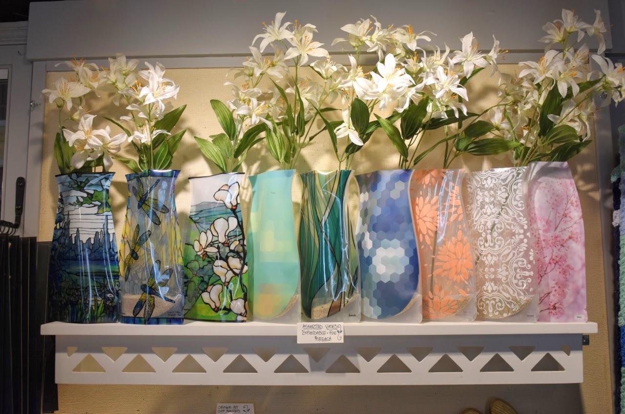 Vases (1280x849).jpg