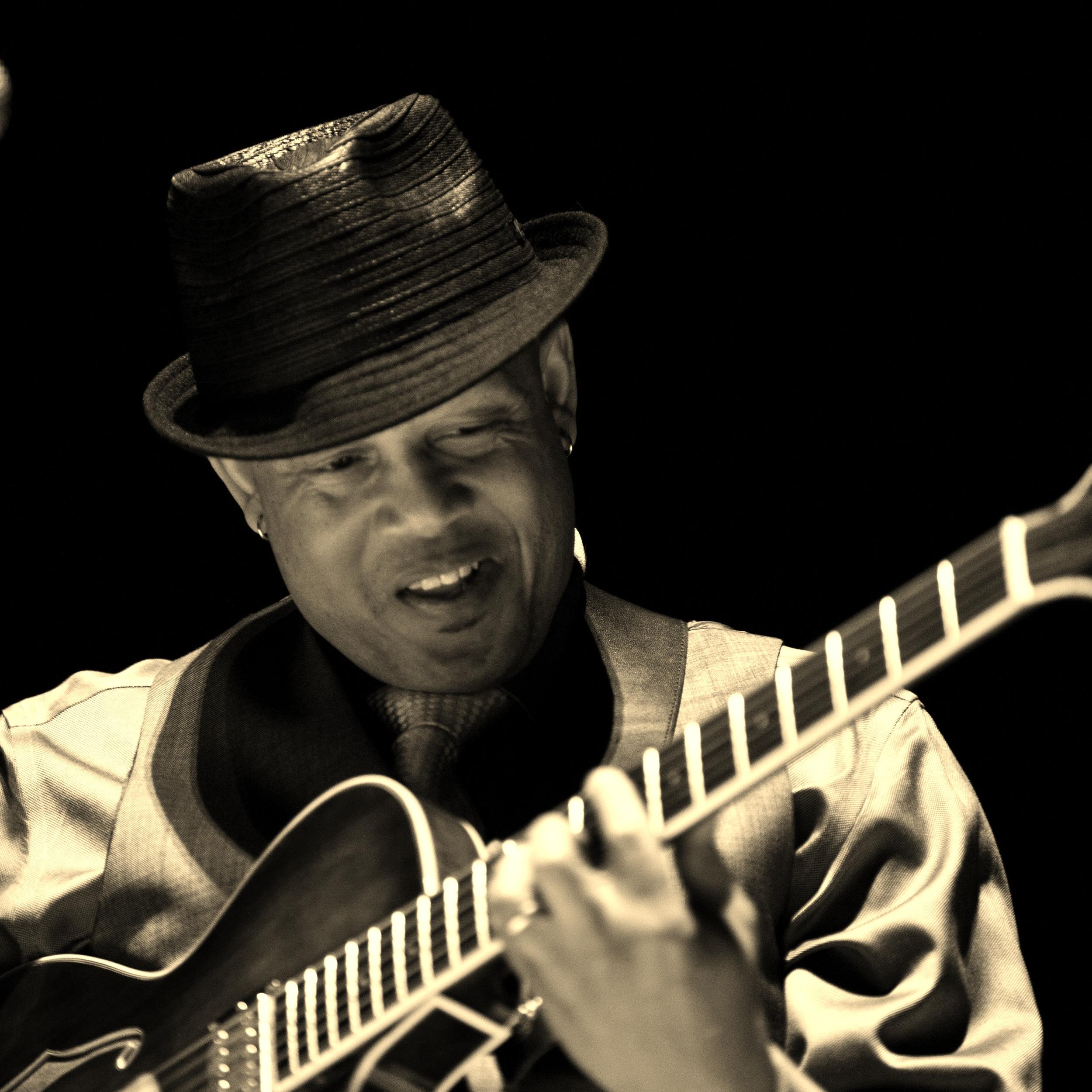 Melvin Henderson/Guitar