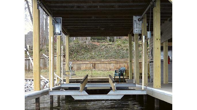 Boat-House-Deluxe-Double-Motor-Boat-Lift-16x9.jpg