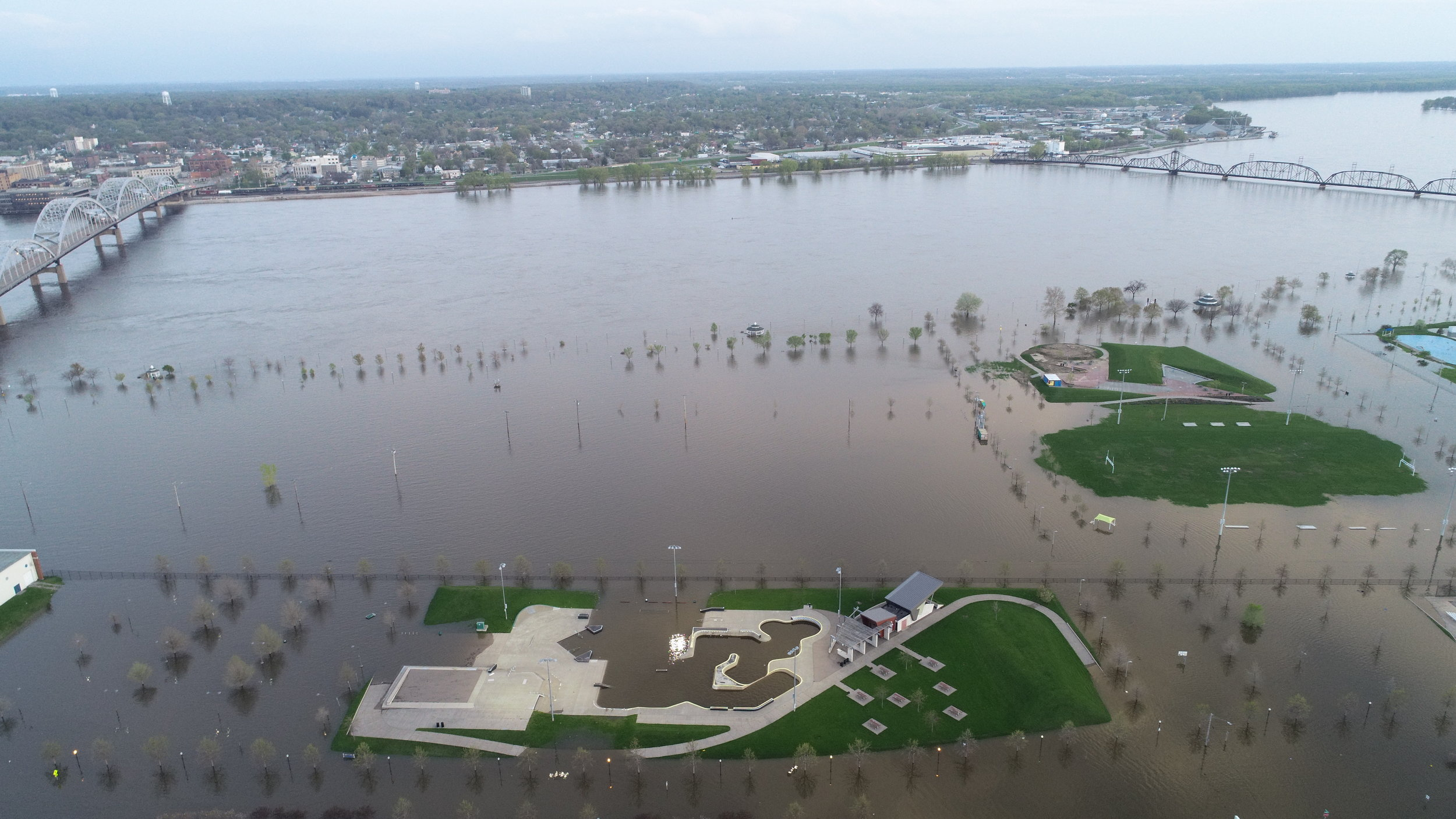 UpintheAir Iowa Downtown Davenport Flood 2019 May 0.JPG