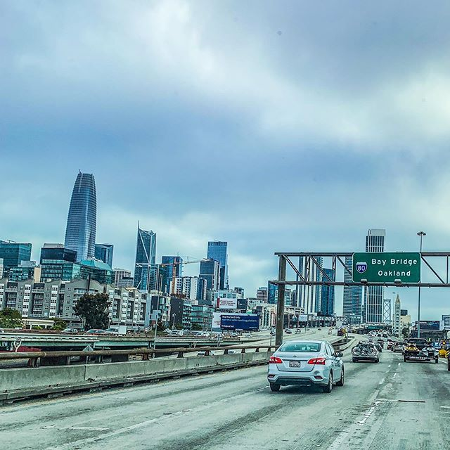 We left the Cool Gray City of Love wearing tanks tops and shorts and getting weird looks from other San Franciscans at the gas station. It's summer somewhere, I'm sure of it! . . #karlthefog #coolgraycityoflove #salesforcetower #howsfseessf #roadtrip #teamiceinwine #donspawn