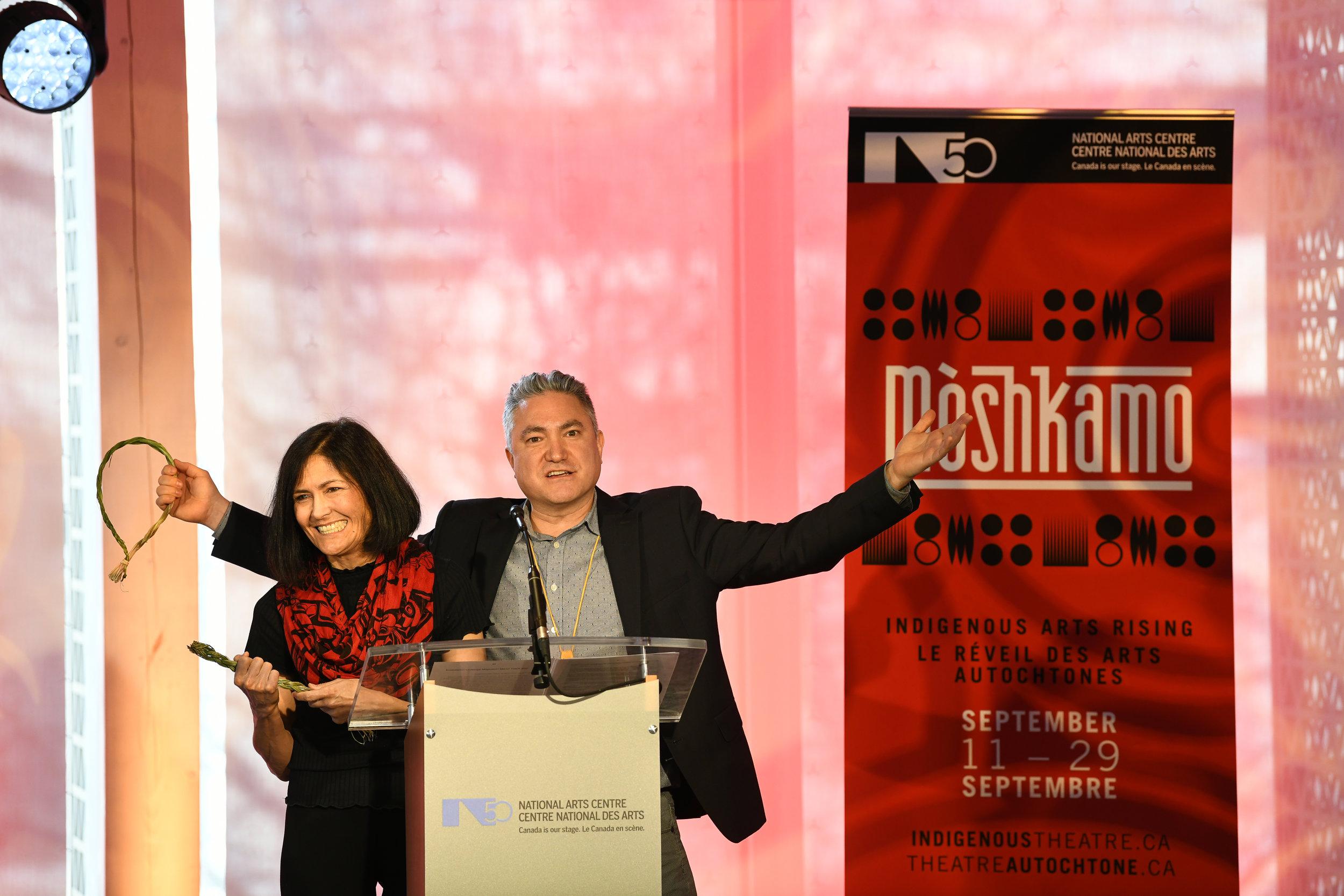 Kevin Loring, Directeur artistique et Lori Marchand, Directrice administrative du Théâtre autochtone du CNA