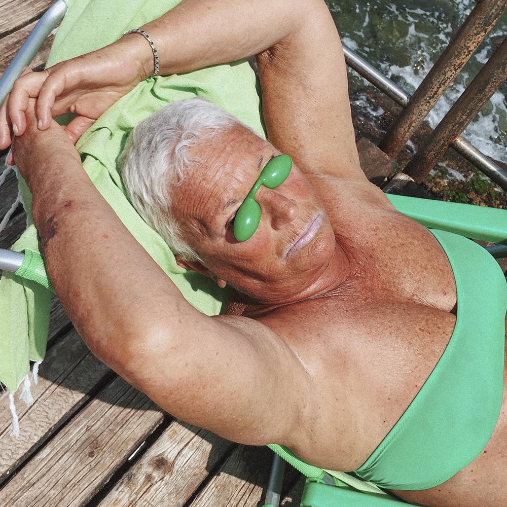 piero_green woman_WEB.jpg
