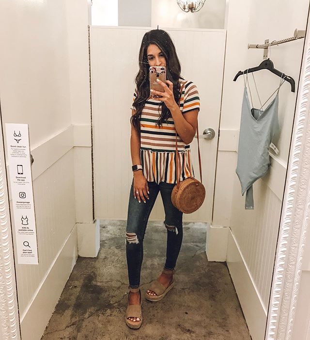 Versona is killing it this summer with the stripes!! I'm not big into color but these stripes are the perfect neutrals. I paired it with my favorite nude platforms also from Versona. They come in many colors and we're only $24.99 😱 I know, I'm shook!! #myversonastyle #love #beauty #fashion #ad #sponsored #chs #beautyblogger #blogging #beautyonabudget #style