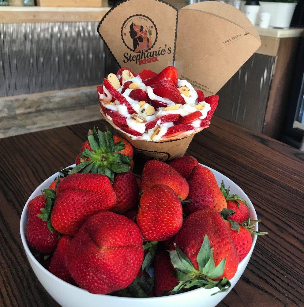 sweet-strawberry-crepe.jpg