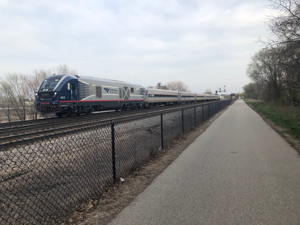 Illinois governor kills $195 million plan to expand service between Milwaukee and Chicago. -
