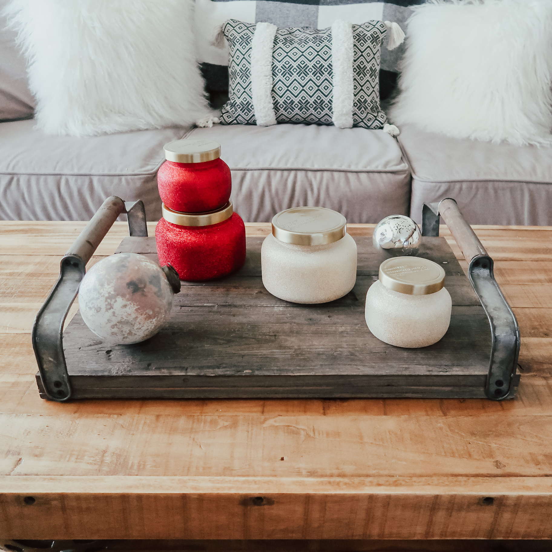 5-ways-to-cozy-your-home-holiday-decor-9.jpg