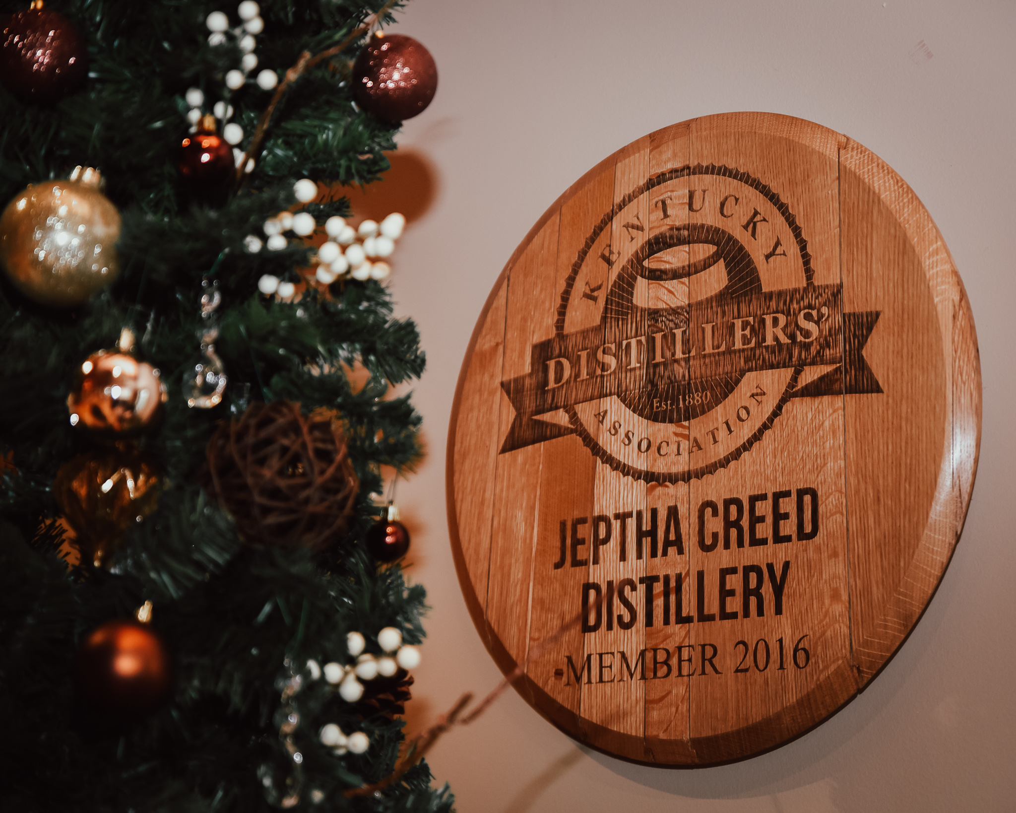 holiday-soiree-with-the-bluegrass-bloggers-jeptha-creed-19.jpg