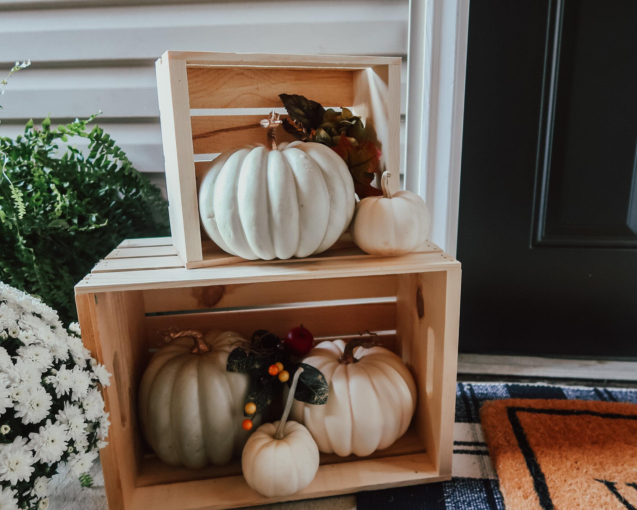 fall-front-porch-decor-8.jpg