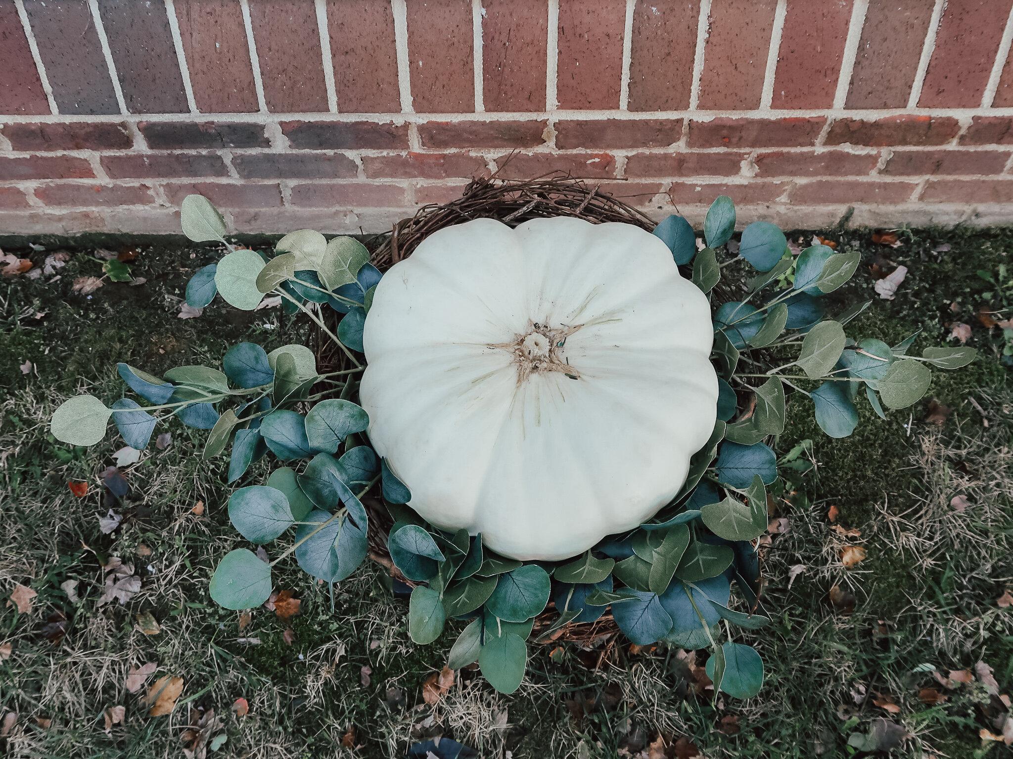 DIY-fall-pumpkin-topiary-8.jpg