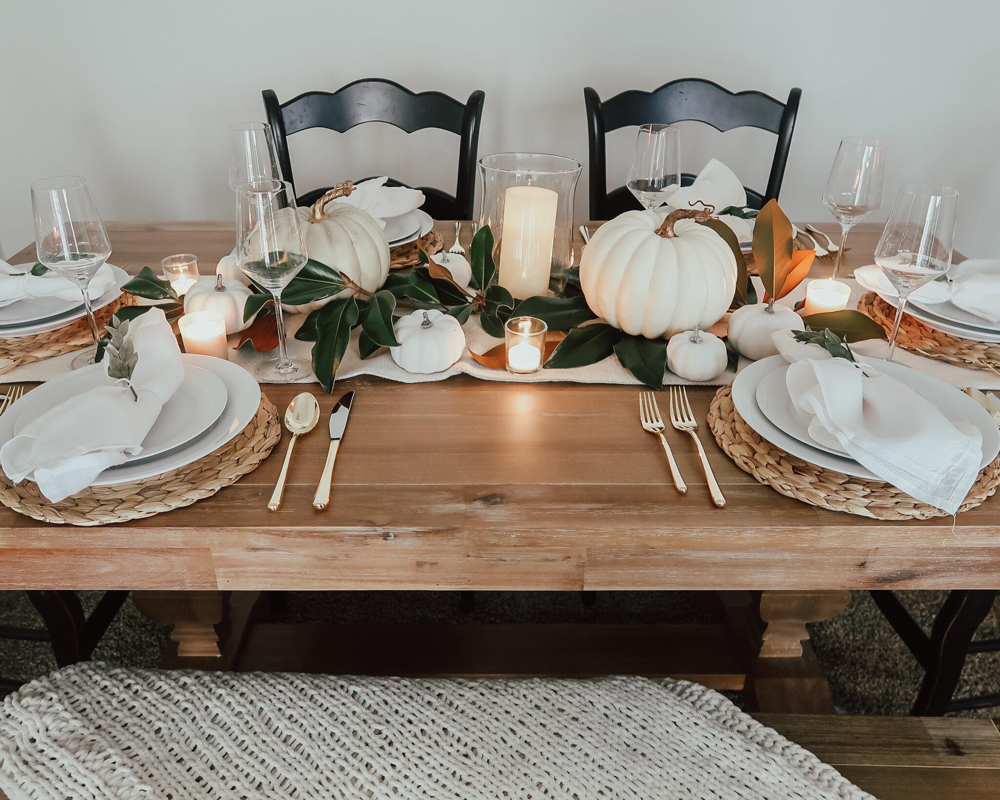 simplistic-thanksgiving-tablescape-8.jpg
