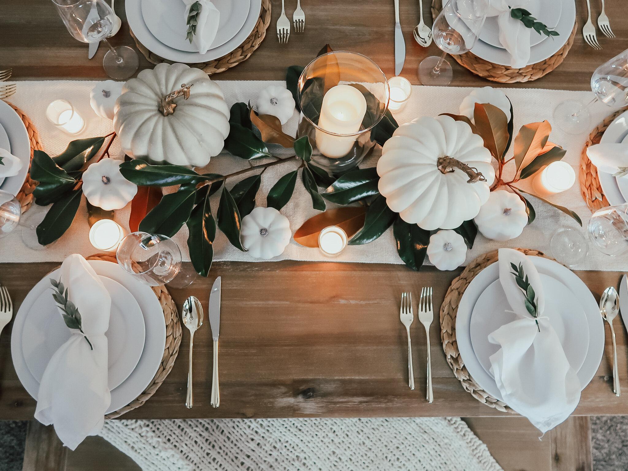 simplistic-thanksgiving-tablescape-4.jpg