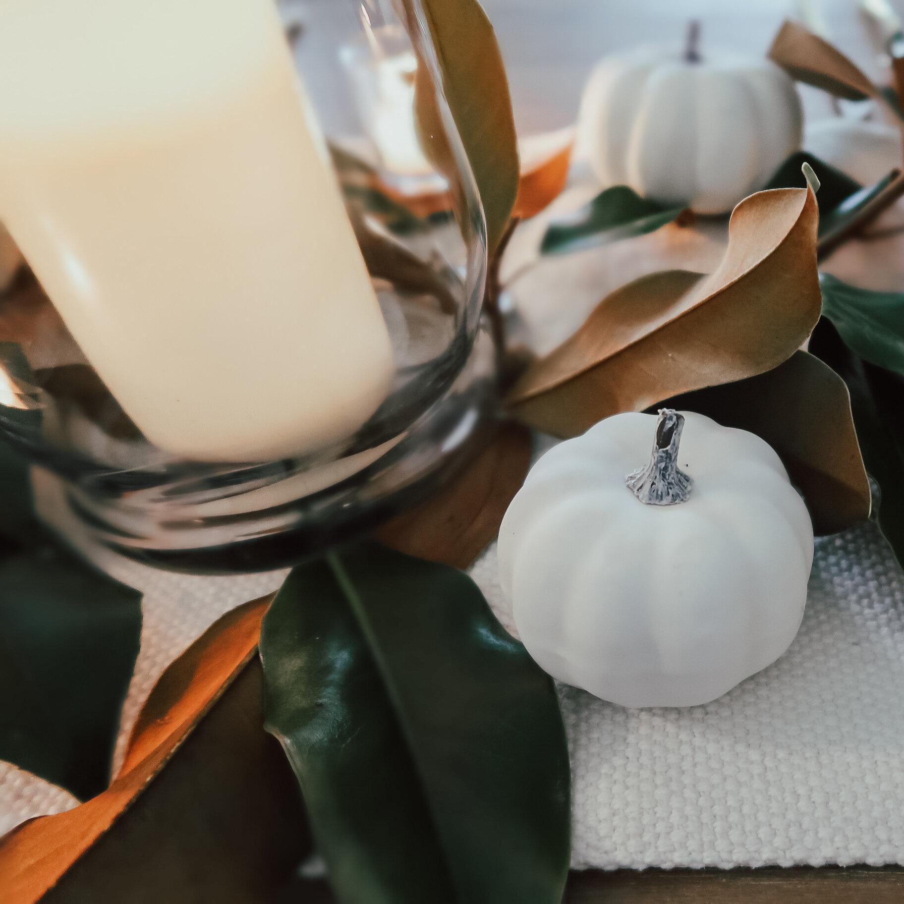 simplistic-thanksgiving-tablescape-13.jpg