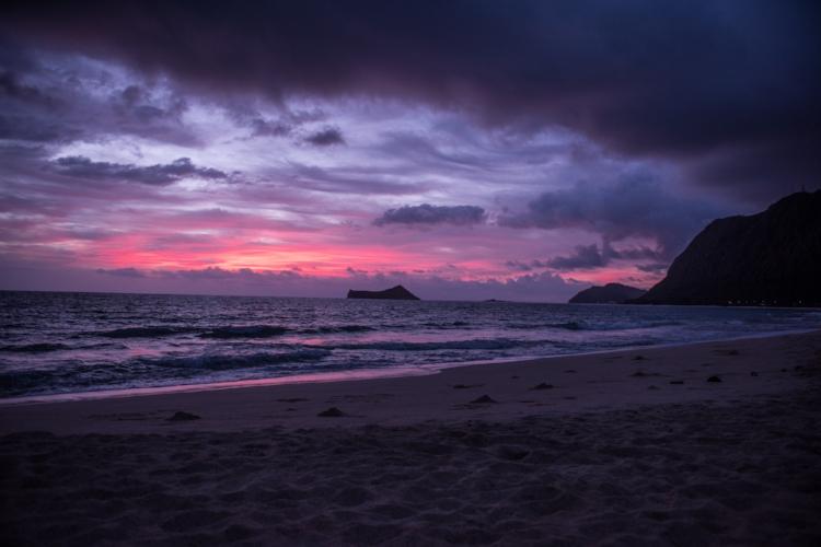 """© Glen Graves """"Sunrise on Oahu"""""""