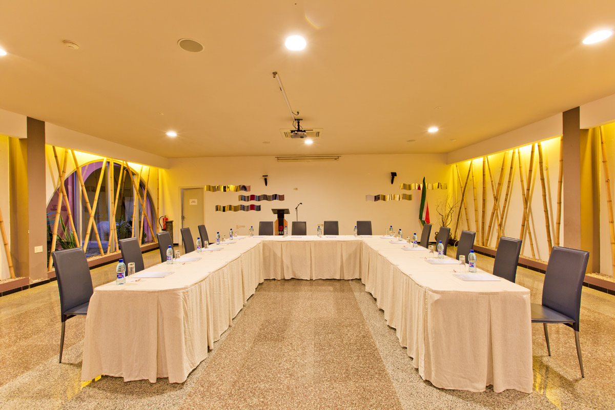 Queens Hotel Conference Room.jpg