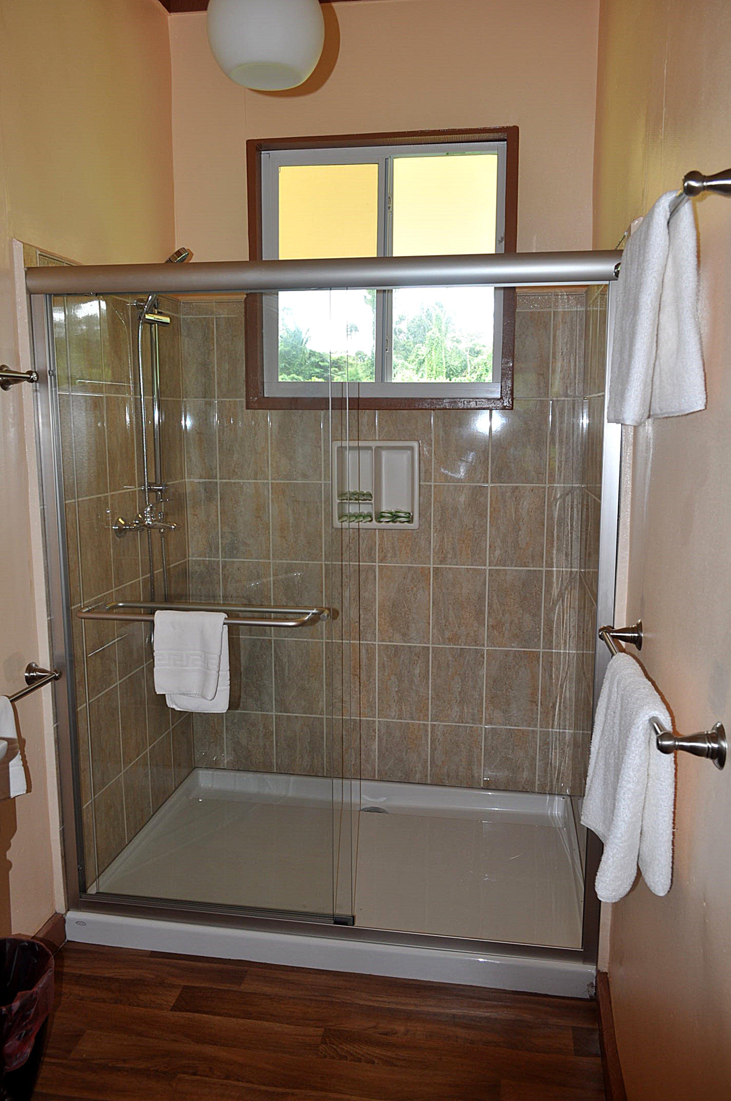 Suite badkamer.JPG