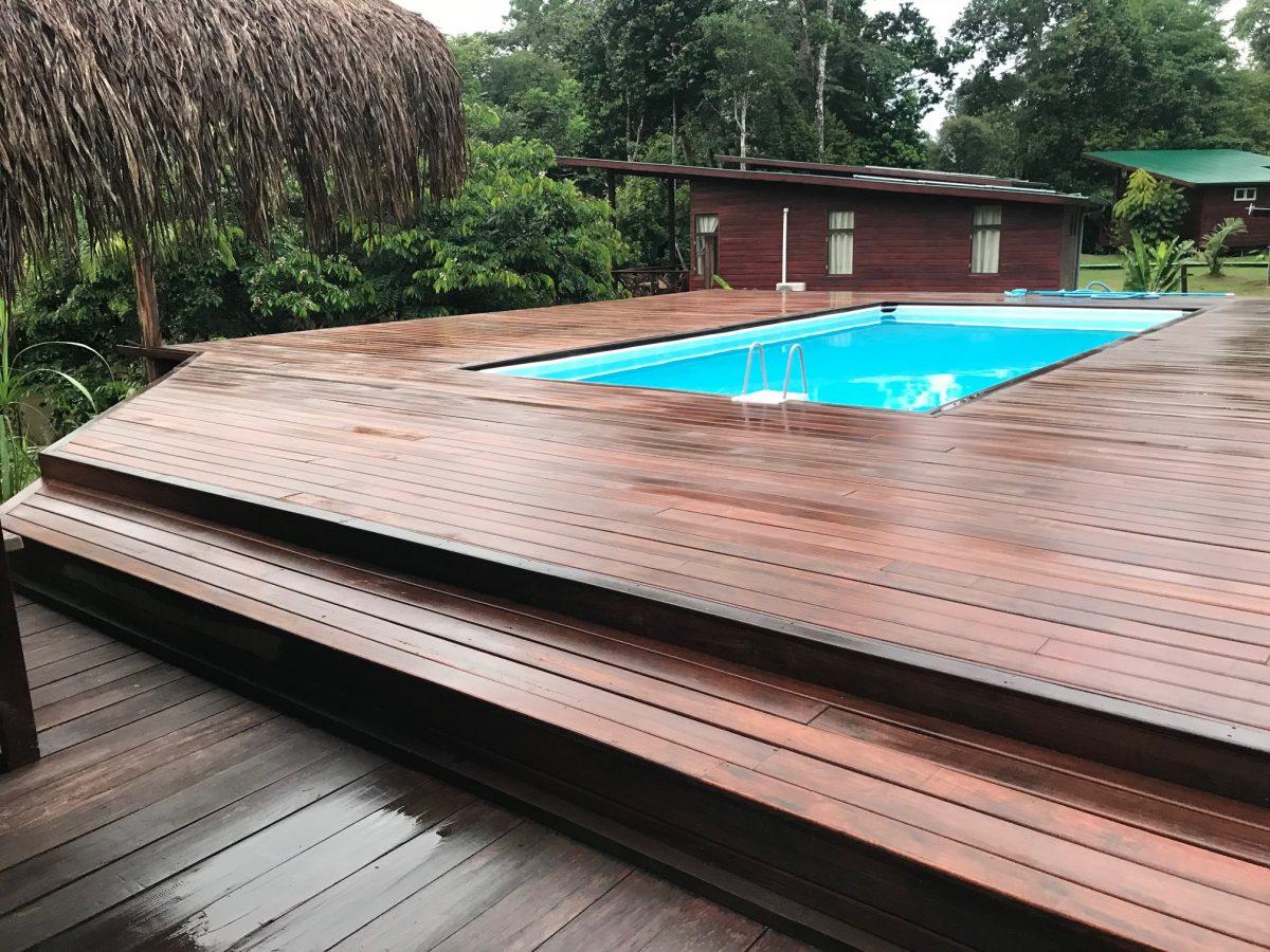zwembad2-knini-paati.jpg
