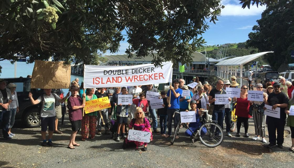 Around 150 vocal protestors have blocked tourists on Waiheke Island (Conor Whitten / Newshub.)