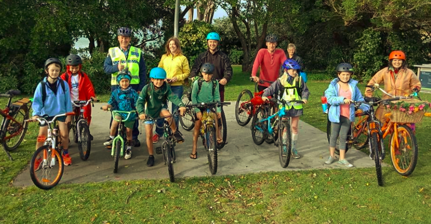 Cycle Action Waiheke - CAW advocates for cycling infrastructure on Waiheke, creating fun activities for kids and adults and hosts an annual cycling festival. We would love some new members!Members will help with planning roads and parties, and the occasional meeting.Contact: Xan Hamilton / xan@susiesays.co.nz / 027 510 1134Website: https://www.facebook.com/groups/469174236542762/