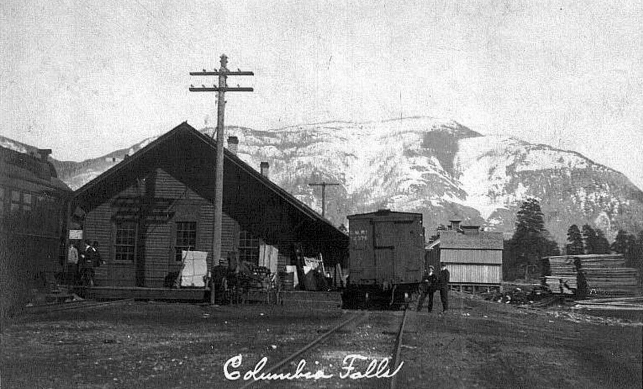 COLUMBIA-FALLS-MONTANA-RR-DEPOT-REAL-PHOTO-1910s.jpg