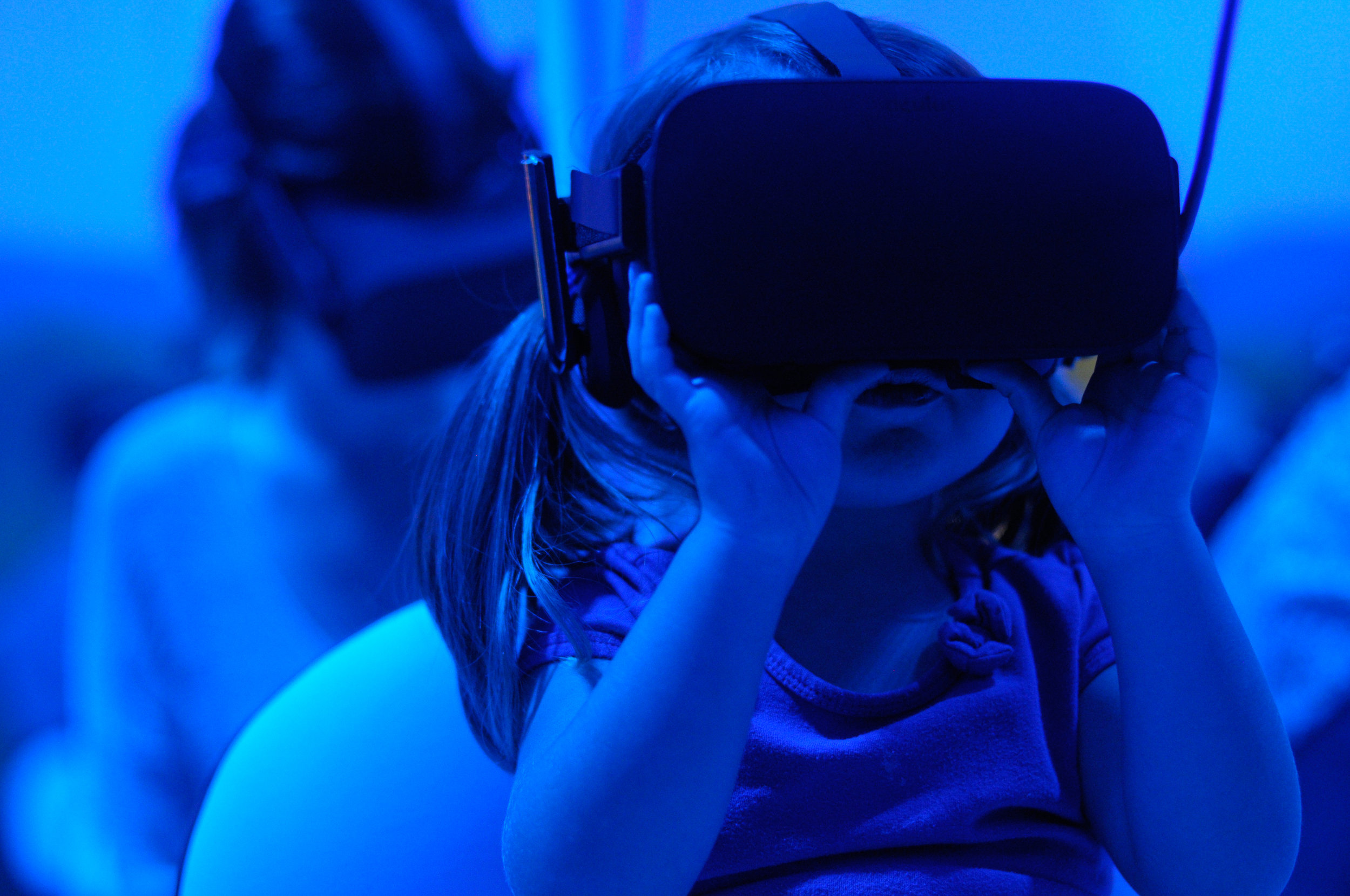 5- 7PMINTERACTIVE PROJECTS - VR / AR / INSTALLATIONHighlighting Interactive Projects at the multiple locations*All interactive projects will be available all 3-days except for during all SCREENINGS