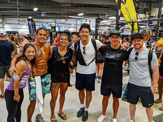 . 【Coastal FitnessのHaynes兄弟によるAthlete Campを開催🏋️】. . 9月7日8日の2日に渡ってCrossFit名門の香港のCoastal Fitness @coastalfitnesshk からコーチの @ed_haynes_coach とCrossFit Games athleteの @anthayneshk の2人を招いてathlete campを行います🔥. . 内容は. ・ワークアウトに対する適切なワームアップ. ・WODに対するペーシングを含める適切な戦略の立て方. ・自身のパフォーマンスに見合った戦略を立てているか. ・効率またフォーム良くワークアウトを行えているか. などHaynes兄弟が当日発表する4つのWODを行いながら、上記の中心にathleteとしてパフォーマンス向上を目指していただける内容になっています💪. . 10月に開催されるオープンに向けて、世界トップレベルのコーチから学ぶことができる良いチャンスです。スポットが残り2となっていますので、お早めにお申し込みください🙆♂️.