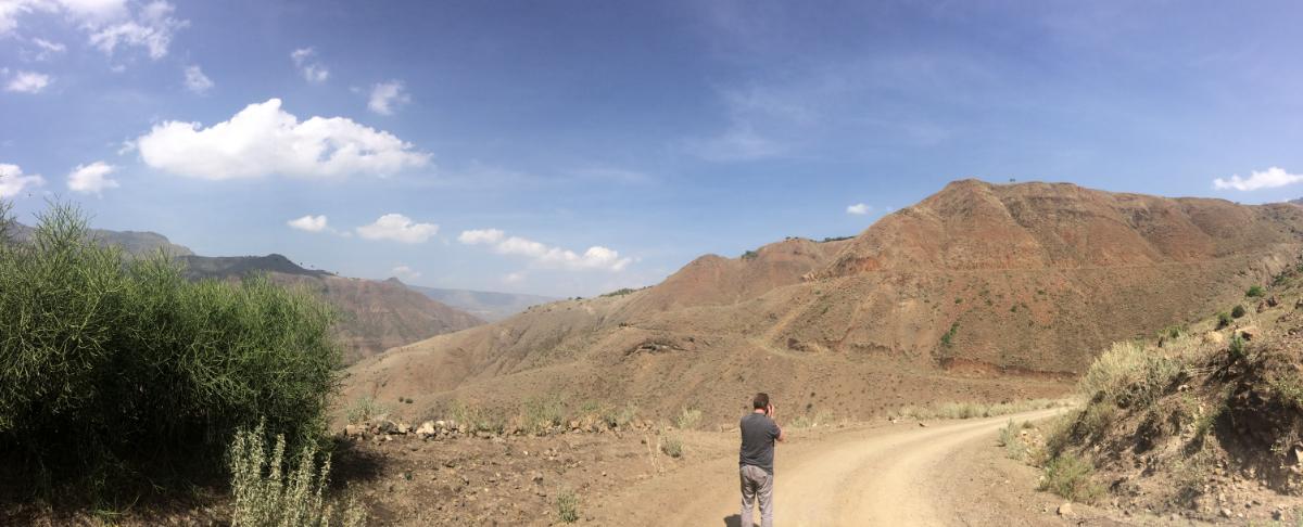 andre-slob_ethiopia_trip_travel_alphabet_bechelo-valley.jpg