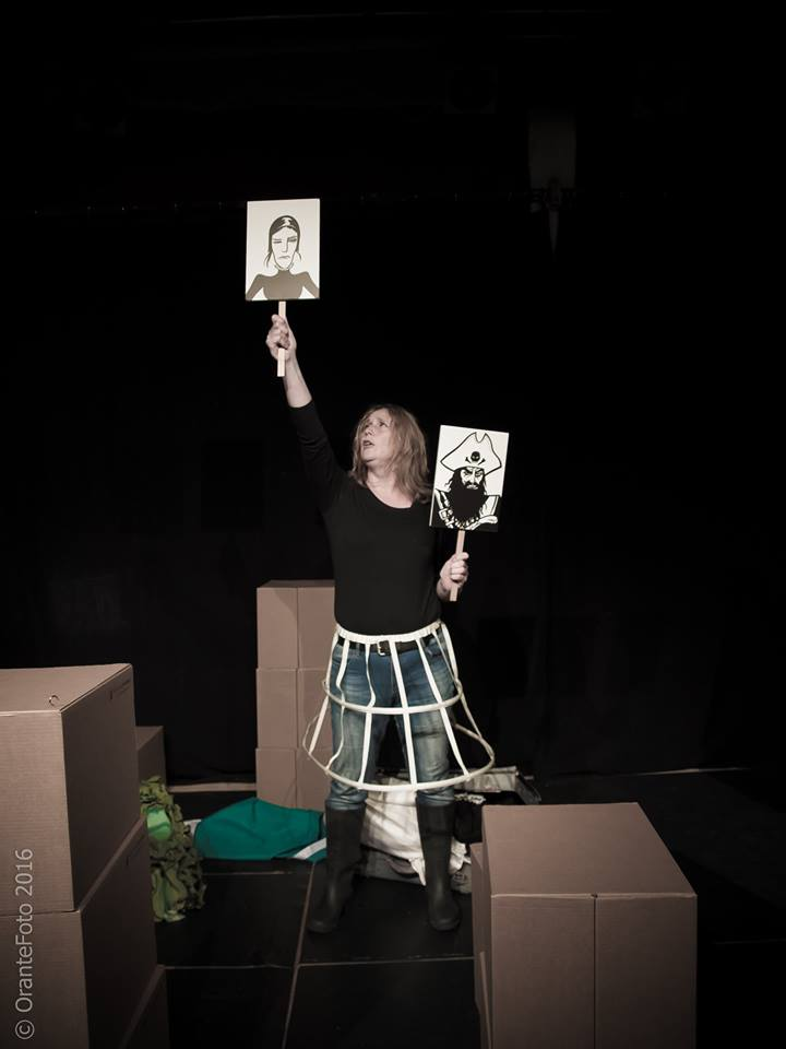 andre-slob_theatre_pirate-queen_black-oak_photo_3.jpg