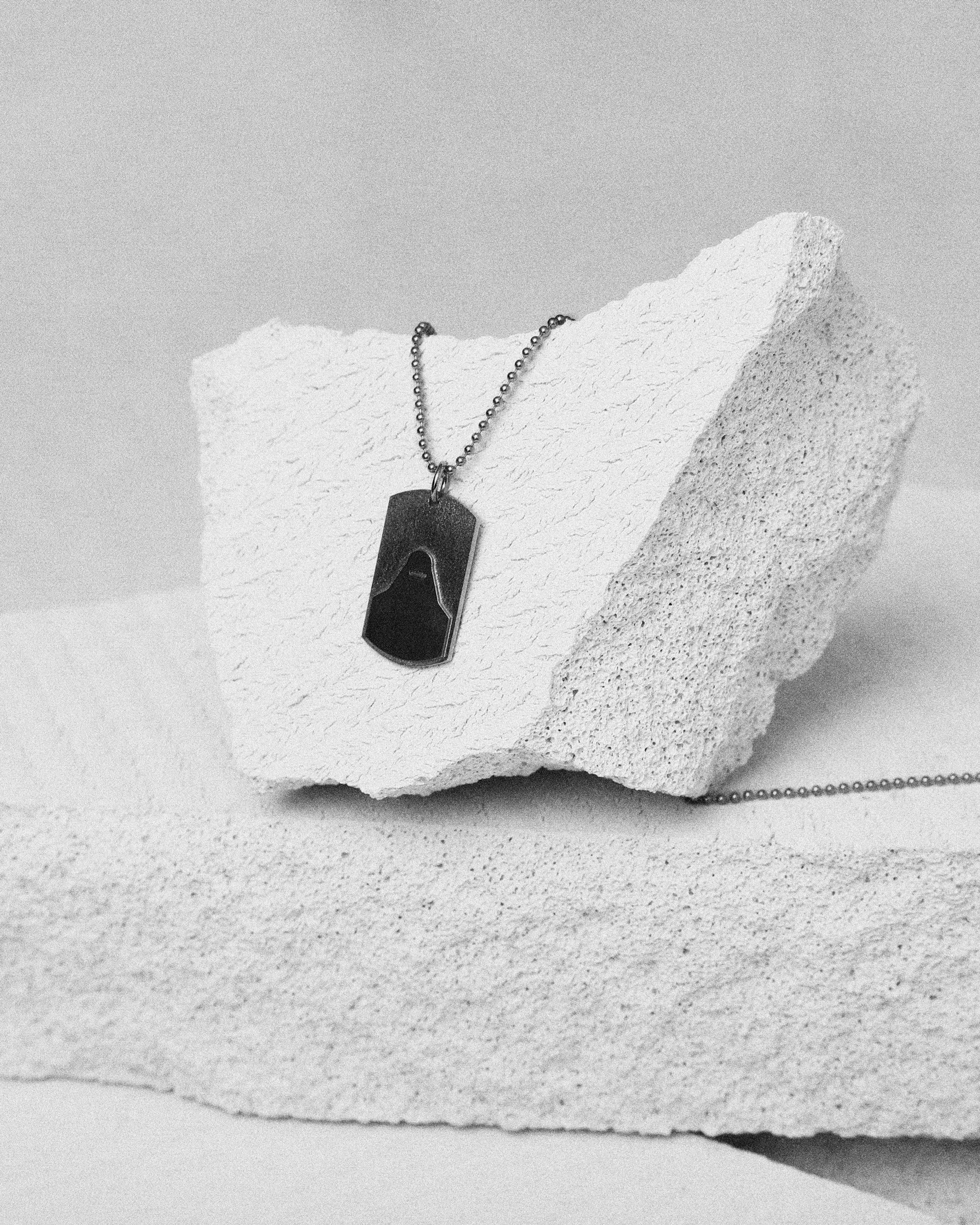 Sister-Necklace-Visual-Oxidized-Silver-02.jpg