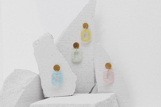 | Meet the summer with a fresh pair of statement earrings - eight colors available online 🌸 #persuedecph #handcrafted #24kgold #sterling silver