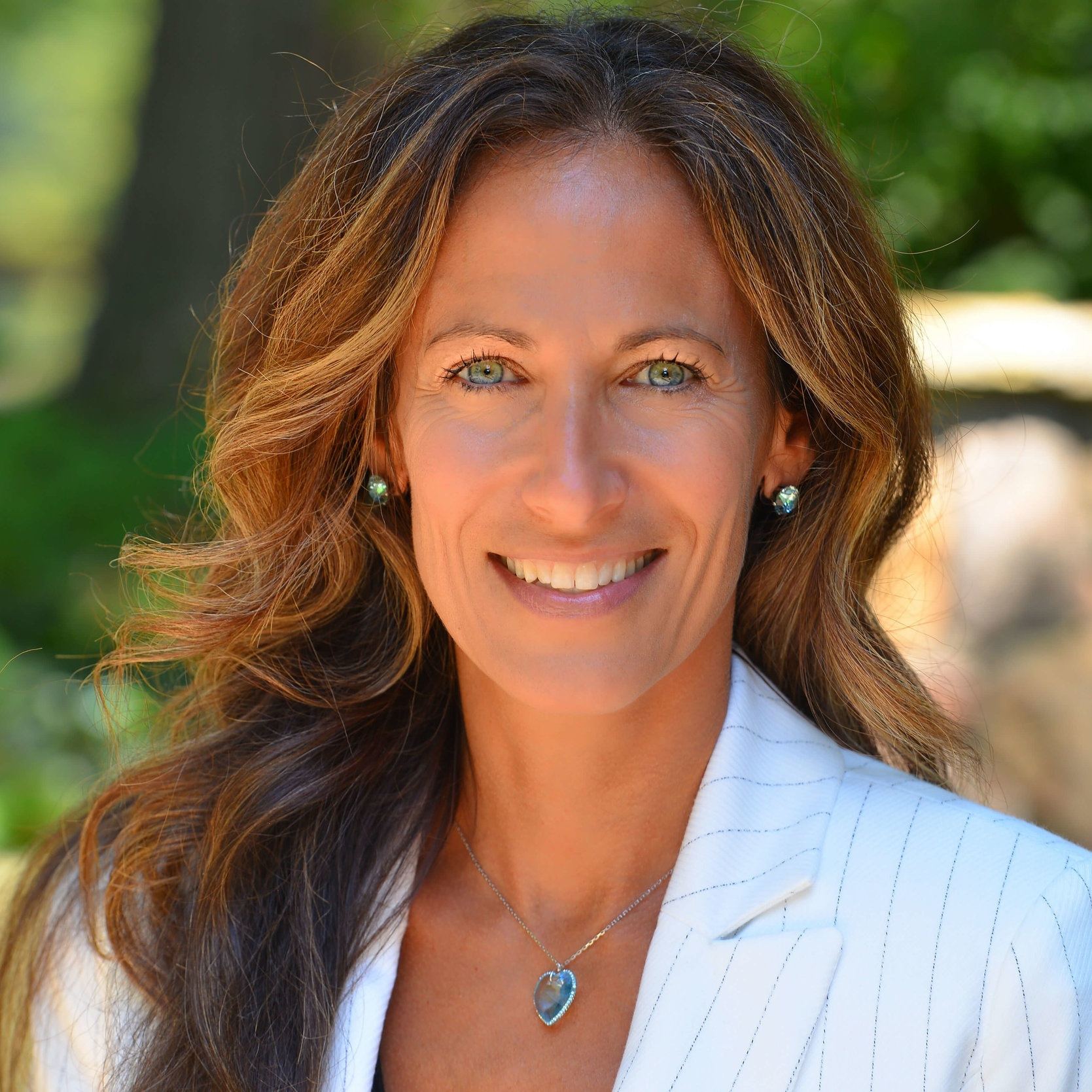 """Jeanine Finelli, FMCHC: Director of Coaching   Jeanine is a Functional Medicine Certified Health Coach and also a graduate of the Institute of Integrative Nutrition in NYC. She is also the published author of,  Love Yourself to Health...with Gusto!  She oversees the """"Live Well"""" curriculum and believes that at the core of all positive and lasting change resides a deep love and respect of self. Naturally, we call her """"Oprah."""""""