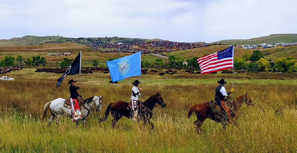 Buffalo Roundup Flags 4.jpg