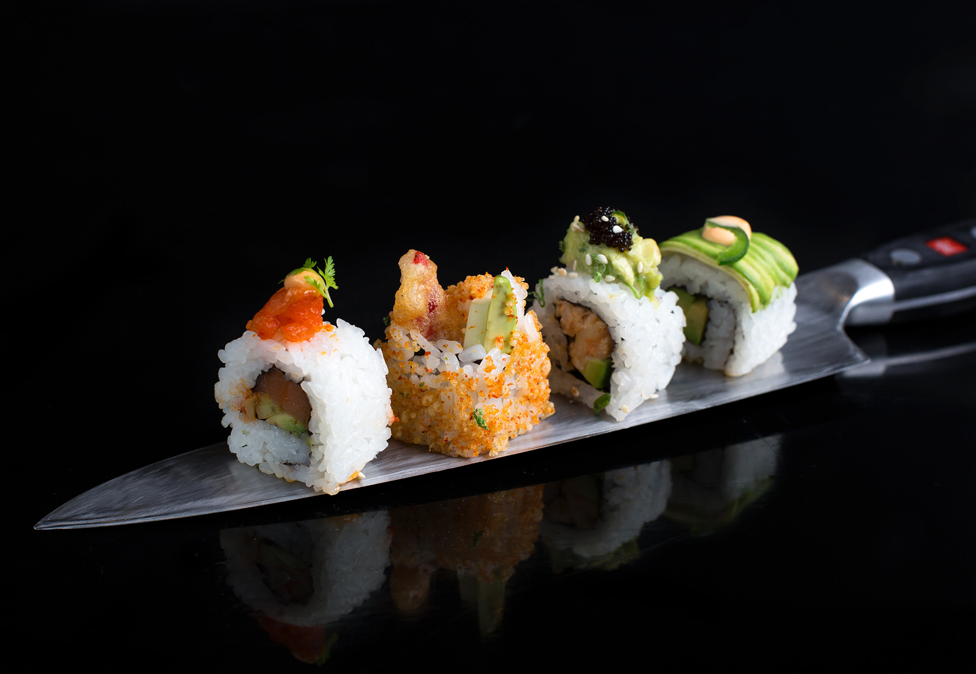 Sushi-On-Knife-KOKO.jpg
