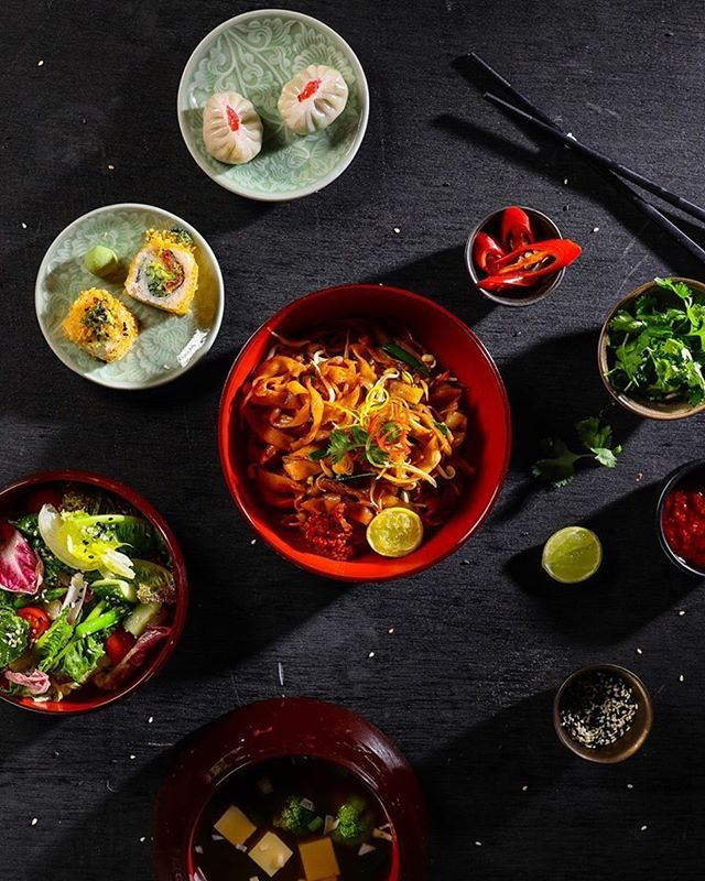 If you have an opportunity to step out for lunch during the week, we'd recommend you come try our #KOKOLunchExclusives Menu, at a special set rate, featuring signature dishes such as Char Kuay Teow, Hainanese Chicken Rice, Soya Bean Fragrant Rice, Edamame Truffle Bags and more.  For reservations, contact: 7715963030 . .  #KOKO #KOKOMumbai #KOKOExperience #BeautifulCuisines