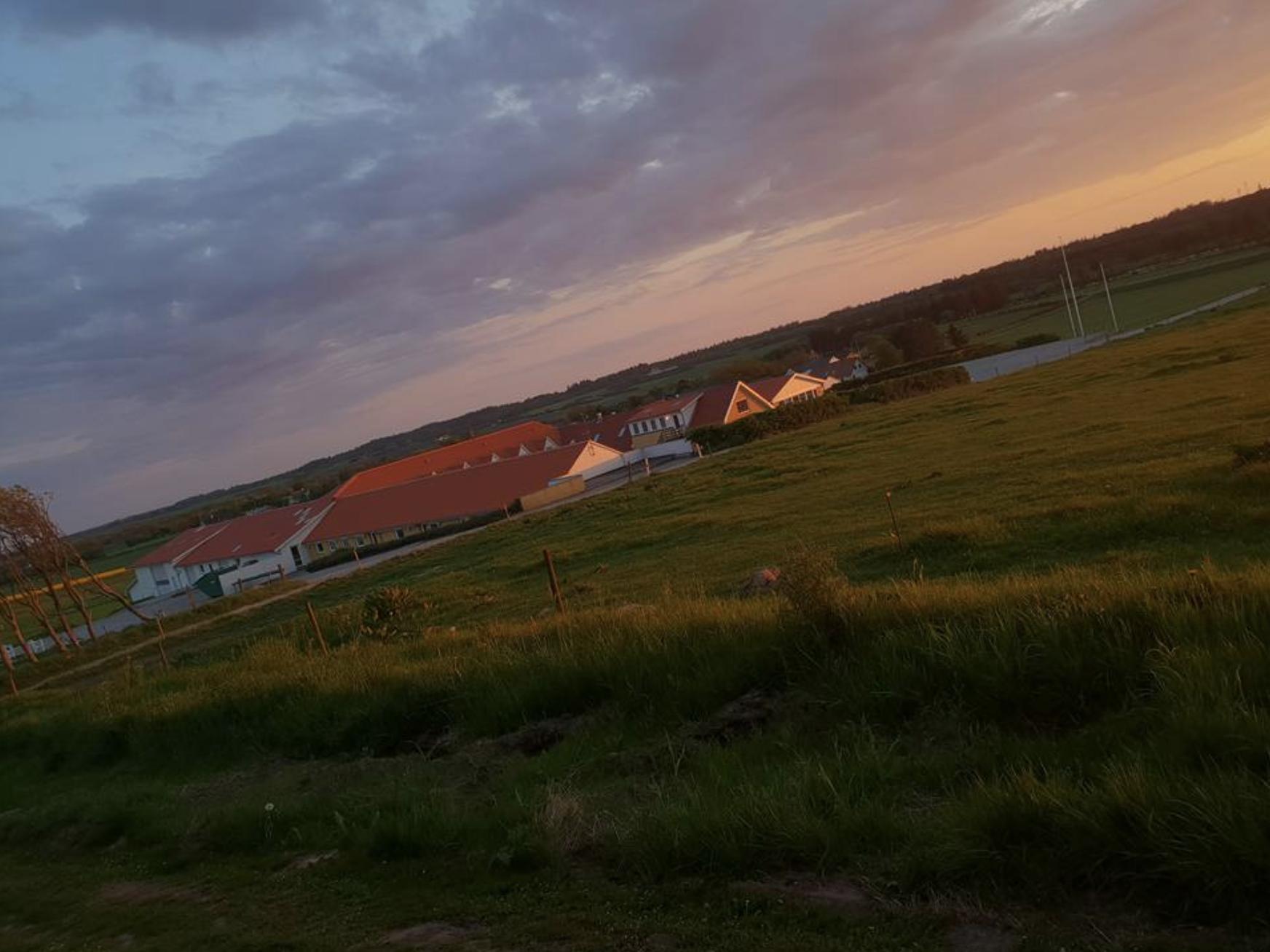 Solnedgang over Højgaarden
