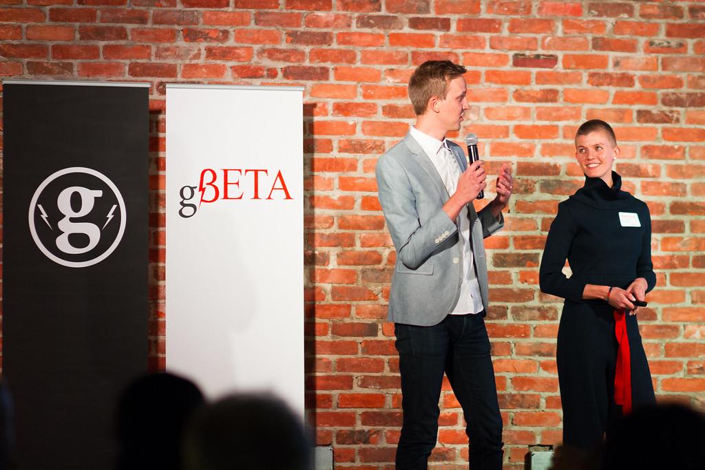 man&woman presenters gBETA.jpg