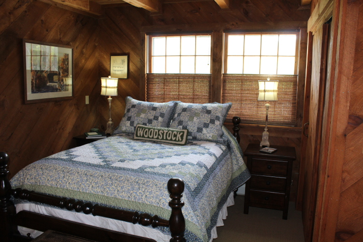 the west end - 3 bedrooms / 4 bathrooms. small kitchen. no living room.ideal for small groups, equestrians, or athletes