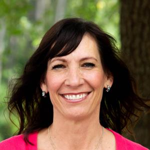 guest services coordinator - Krissy Calhoun