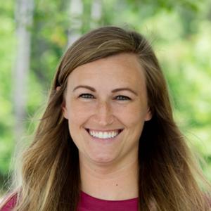 middle school coordinator - Hannah Magelssen