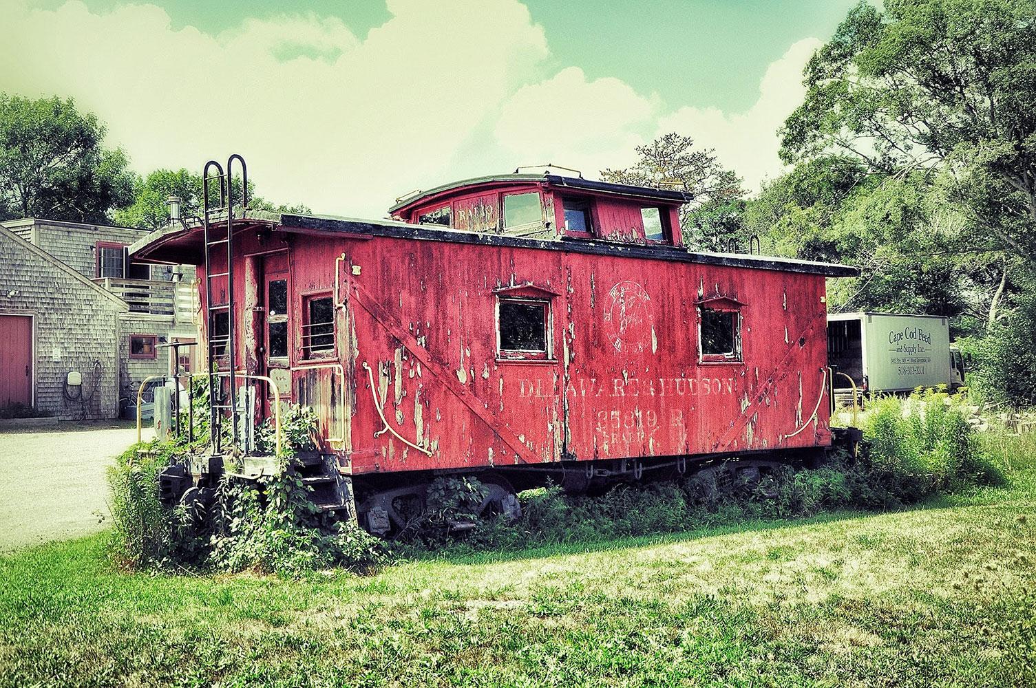 Vintage-Train-W.jpg