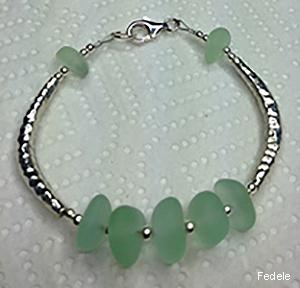 Fedele_brac-1-green.jpg