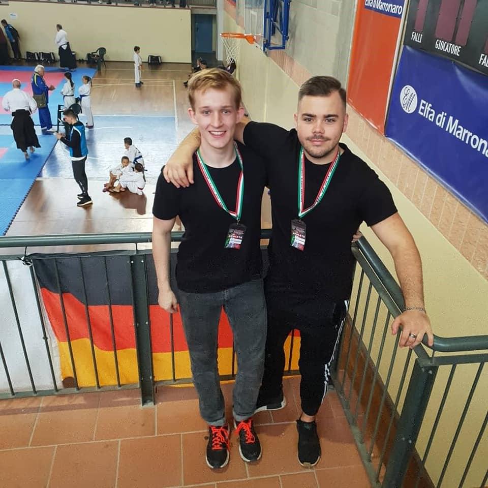 Eric und Jarod in Rom - Karate.jpg