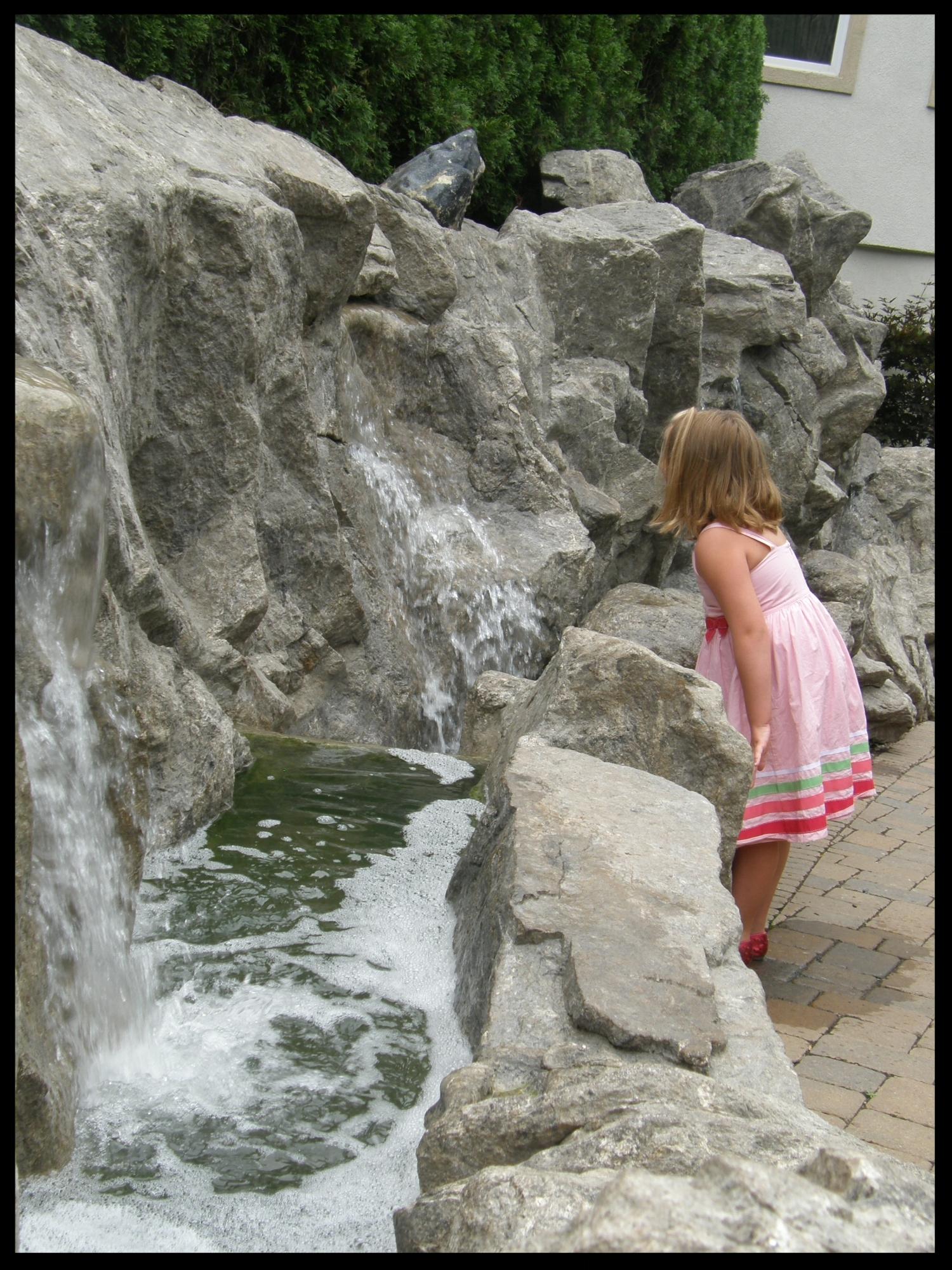 Cascade Waterfall Feature