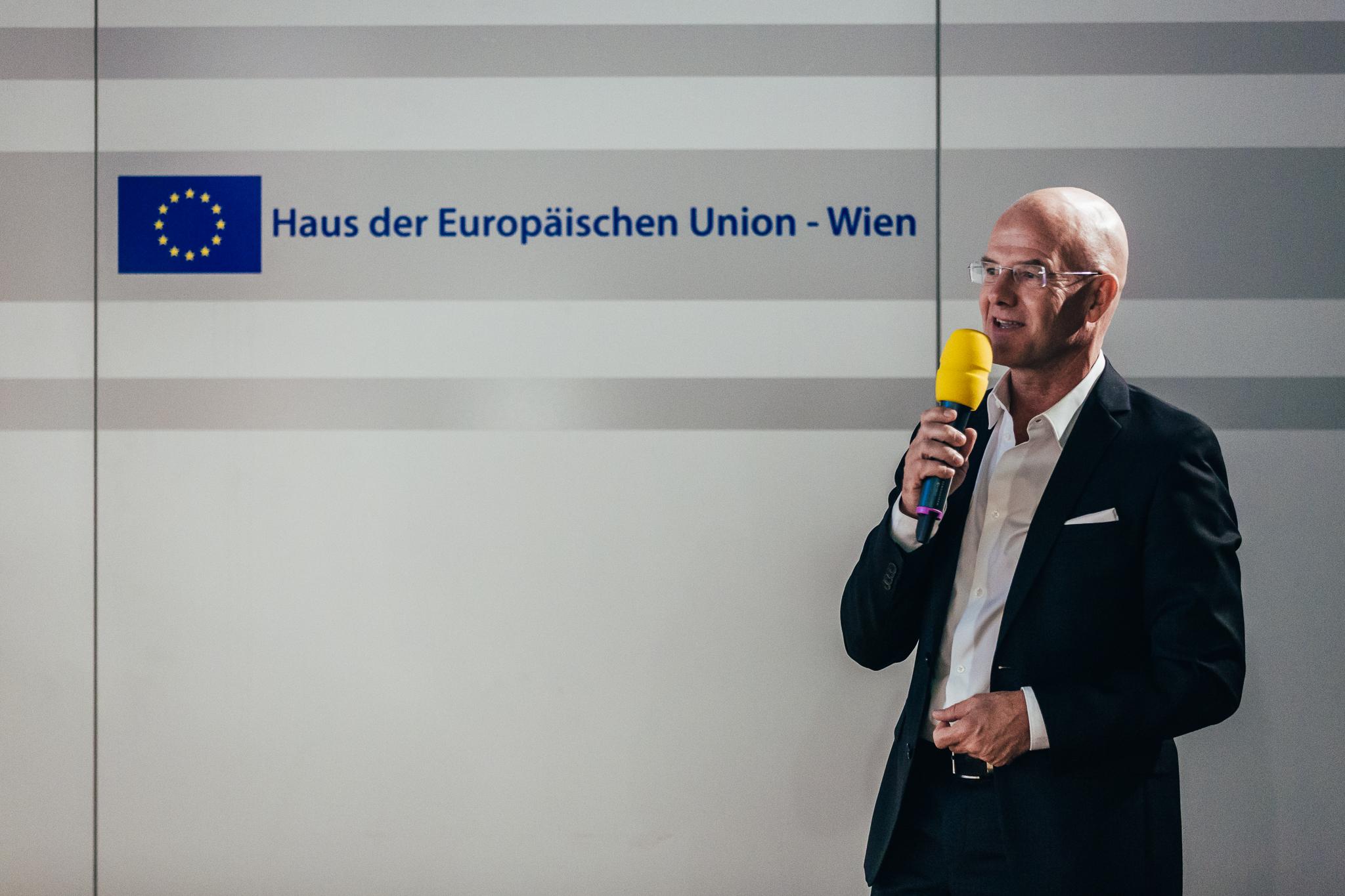 Bürgerforum_Buchpräsentation_130918_98_web.jpg
