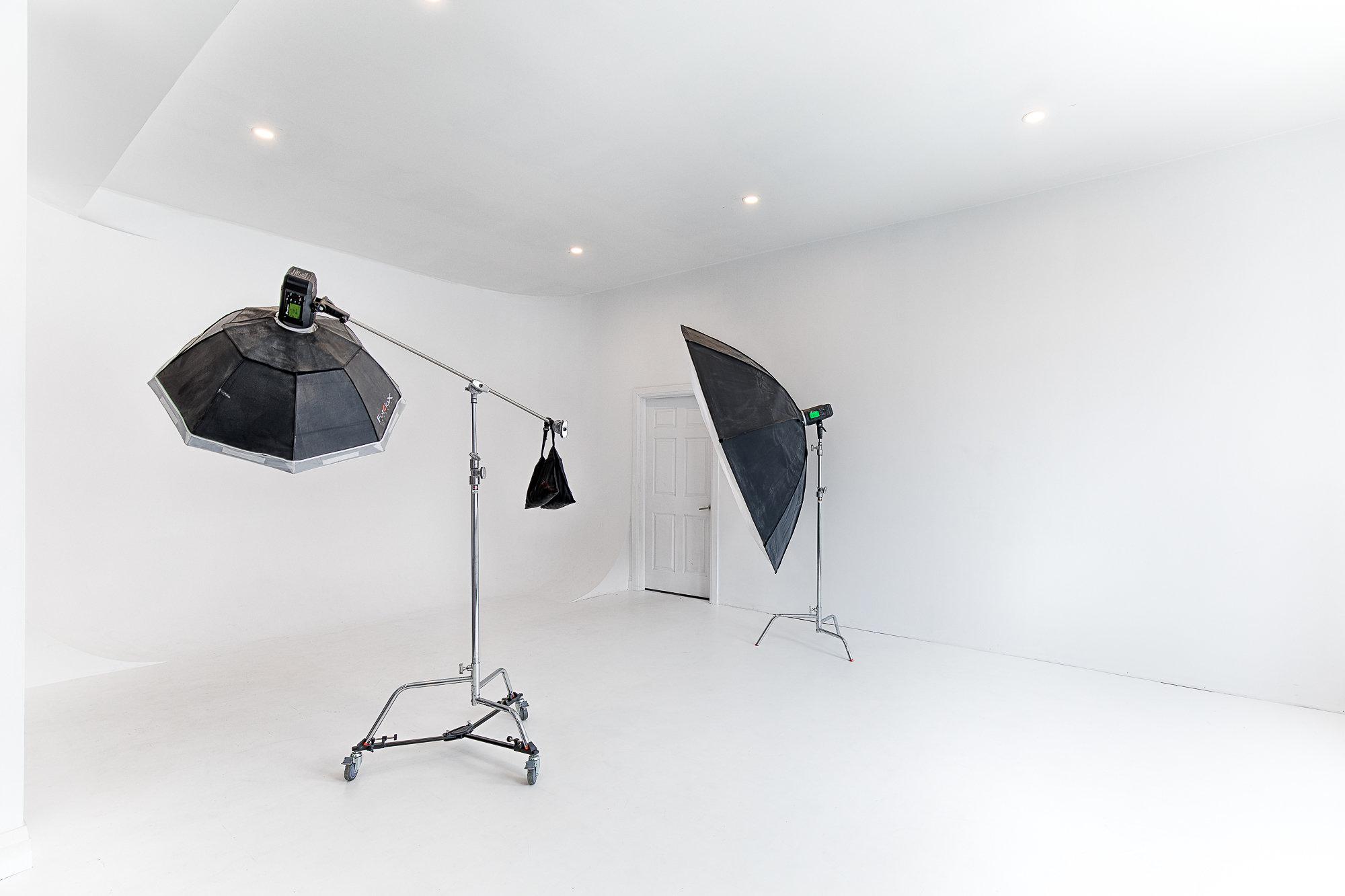 42 Fringe Studio White Room 1
