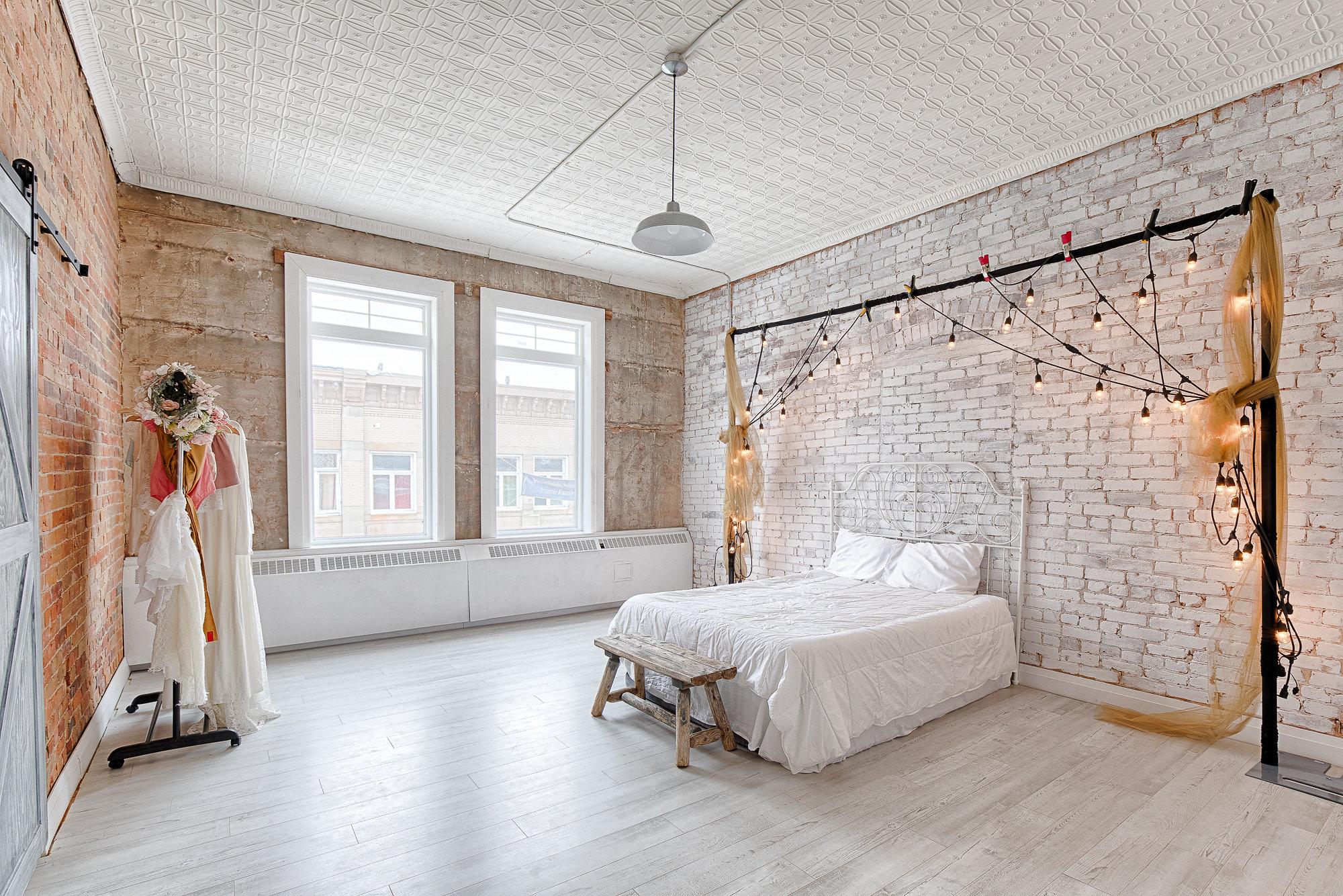42 Fringe Boudoir Room
