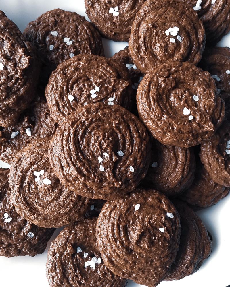 Chocolate Rye Cookies