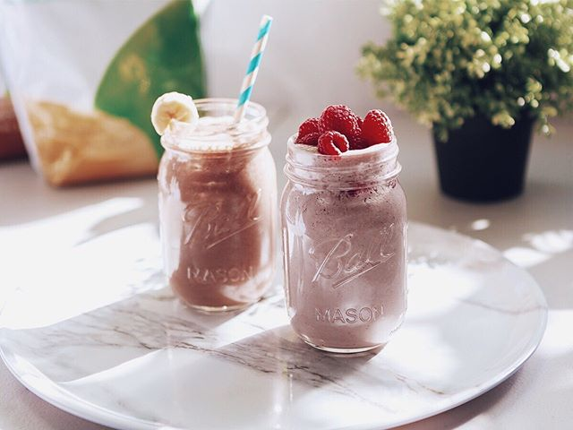 How you start your morning will make your day. 🌞⠀ ⠀ I start every day with a plant-based protein shake. I started this ritual as a fitness instructor when I took on teaching a ton of morning classes. ⠀ ⠀ It didn't start drinking shakes to feel slimmer or to add on muscle - as often is the goal with protein shakes...⠀ ⠀ It was because I needed something easy to digest, with super accessible nutrients, that was perfect for being on the go, wouldn't weigh me down, and would give me a major energy boost. ⠀ ⠀ I tried oatmeal, toast, banana and nut butter, an apple, chia seed pudding, quinoa, half of an avocado, and so much more. ⠀ ⠀ And though those are all delicious and nutritious, they just were either too much or not enough. 😕⠀ ⠀ And so the protein shake won the game. 💪⠀ ⠀ Over the years I've found the best tasting powders and boosters to add in even more vitamins, minerals, and energy boosting nutrients. ⠀ ⠀ My favorite combo? ⠀ ⠀ - Chocolate Protein Powder ⠀ - Greens Balance⠀ - Digestion Plus ⠀ - Whole Food Vitamin & Mineral Blend⠀ ⠀ Add everything into a blender with 4-5 cubes of ice, either almond or coconut milk (unsweetened), and blend until smooth. ⠀ ⠀ In a pinch, you can leave out the ice and use a milk frother to blend! ⠀ ⠀ You can find the protein powder and boosters in my online store... and there's lots more there too! 🤩 ⠀ ⠀ Just head to the link in my bio or melaniemonaco.com/shop 👍⠀ ⠀ P.S. Turn it into a full meal or up the density by adding in frozen fruit and greens, top with fresh fruit and granola, and serve as a smoothie bowl! 😍 ⠀ ⠀ 🤔 What's your favorite flavor for a smoothie or shake? Let me know! 👇⠀ ⠀ (Mine is, of course, chocolate.) 😘